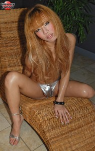 2 189x300 Ladyboy Pics
