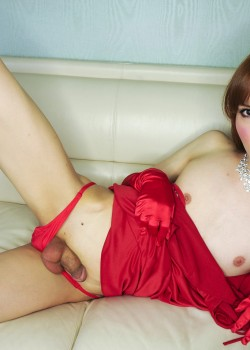 shemale 2 250x350 Free Ladyboy Pics of sexy Tokyo newhalf Lisa